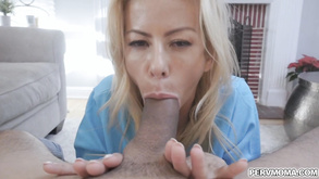 Teen Blonde ist in hart ficken Video